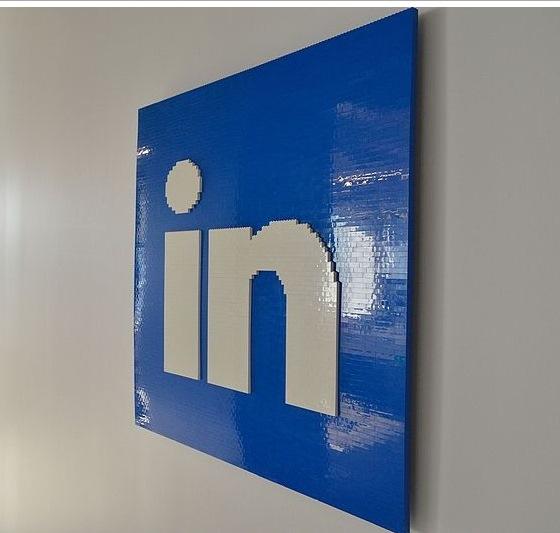 Европейская комиссия одобрила покупку Microsoft сети LinkedIn
