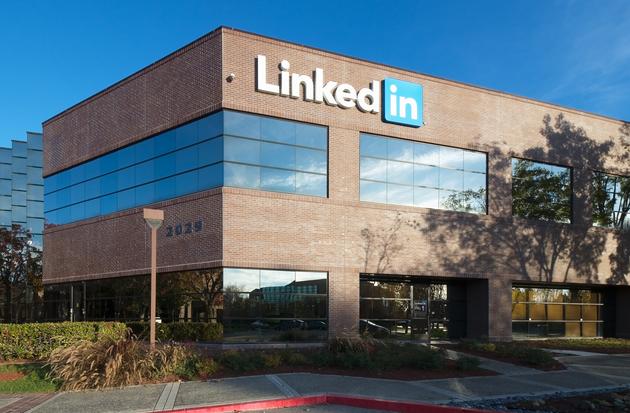 Microsoft покупает социальная сеть Linkedin за $26,2 млрд