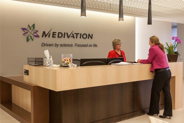Компания Pfizer готова платить $14 млрд запроизводителя Medivation