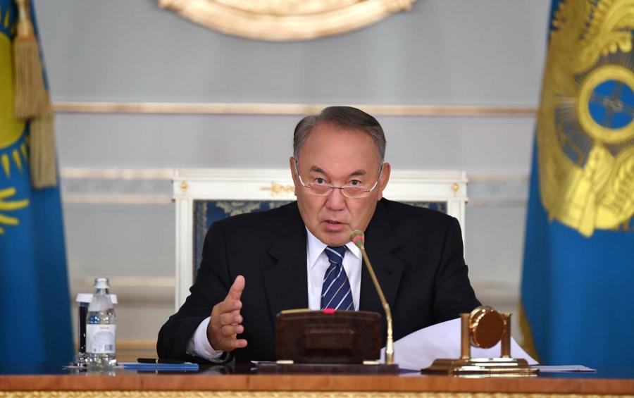 Назарбаев ждет отнового состава руководства напряженной работы