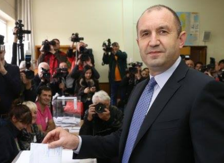 Если мыпроиграем навтором туре, идем надосрочные выборы— Премьер Болгарии