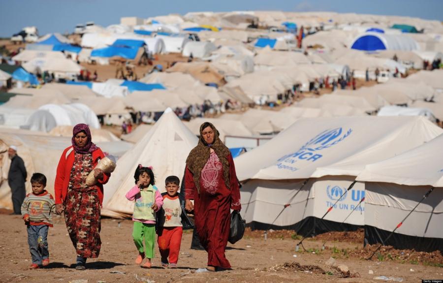 Трамп закроет заезд беженцам сБлижнего Востока
