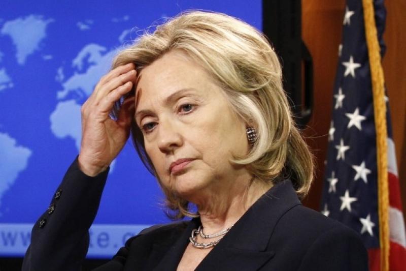 Болезнь прогрессирует: Клинтон рухнула в обморок, покинув мероприятие к 11 сентября