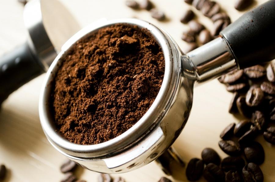 Кардиологи: 4 чашки кофе вдень продлят жизнь
