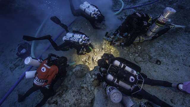 Археологи обнаружили вобломках Антикитерского корабля скелет, возрастом вдве тысячи лет