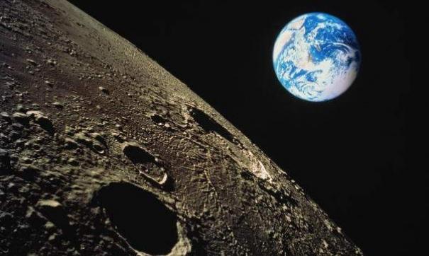 На Луне обнаружены гигантские подземные тоннели