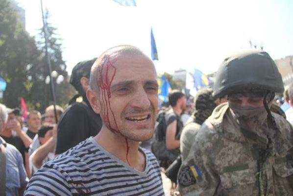 Аваков обвинил 'Свободу' во взрывах у Рады