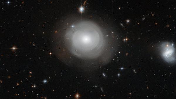 Учеными получен снимок «призрачной» галактики сумирающими звездами