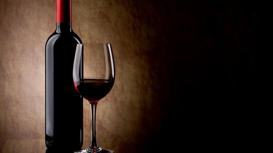 Бокал вина вдень объявлен средством отдепрессии