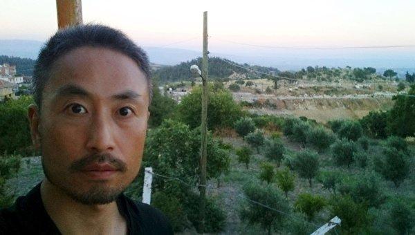 В японские СМИ поступило новое фото журналиста, пропавшего без вести в Сирии
