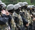 """Бойцы """"Айдара"""" готовят пикет с требованием не расформировывать батальон. Фото zn.ua"""