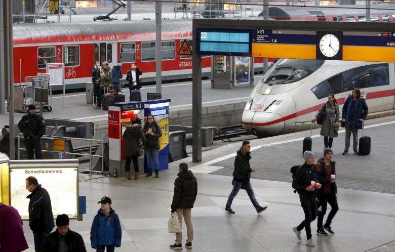 ВГермании вконце 2017-ого года запустят 1-ый водородный поезд