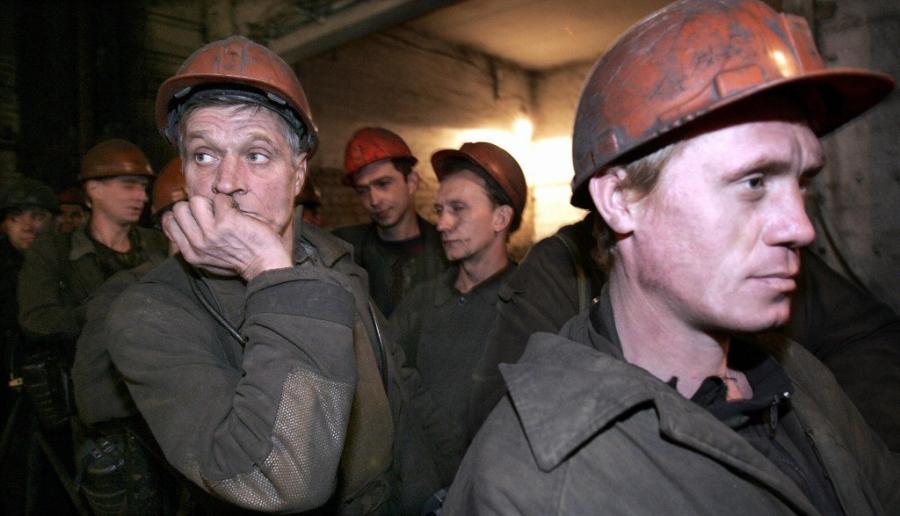 Горняки 5-ый день продолжают голодовку под Минэнерго Украины