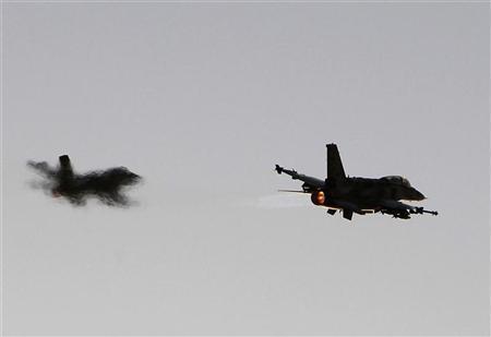 ВВС Израиля нанесли удар попригороду Дамаска
