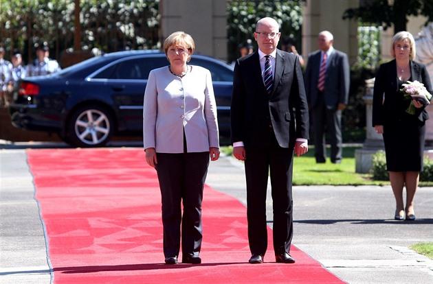 Германия сама должна отвечать замигрантов— Президент Чехии