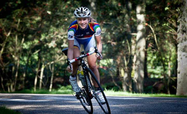 Голландская велогонщица сломала позвоночник впроцессе высокоскоростной гонки наОлимпиаде вРио