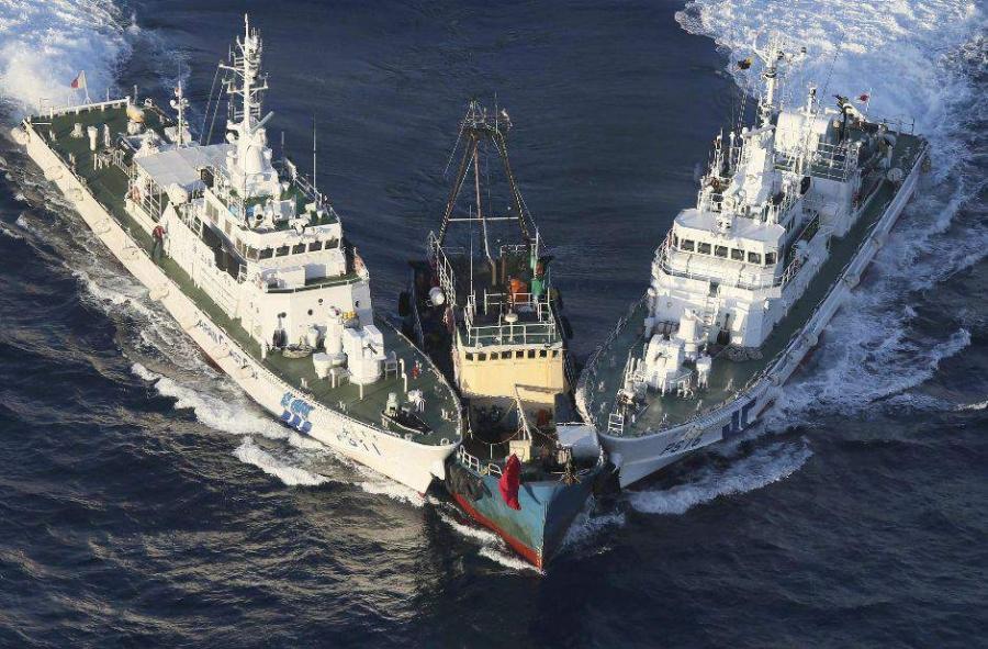 Втерриториальные воды Японии вошли 4 патрульных корабля Китайская народная республика