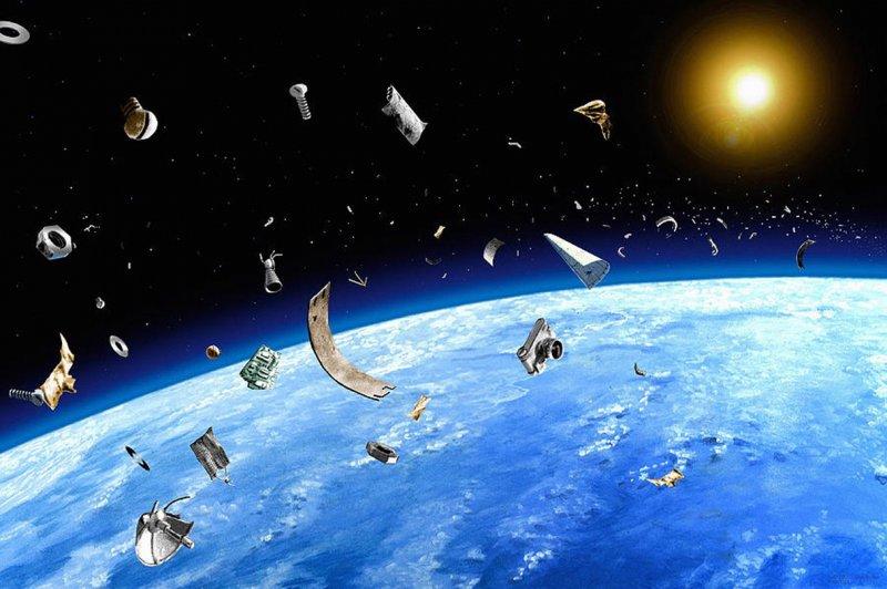 Японский корабль возвращается наЗемлю, так инесобрав космический сор