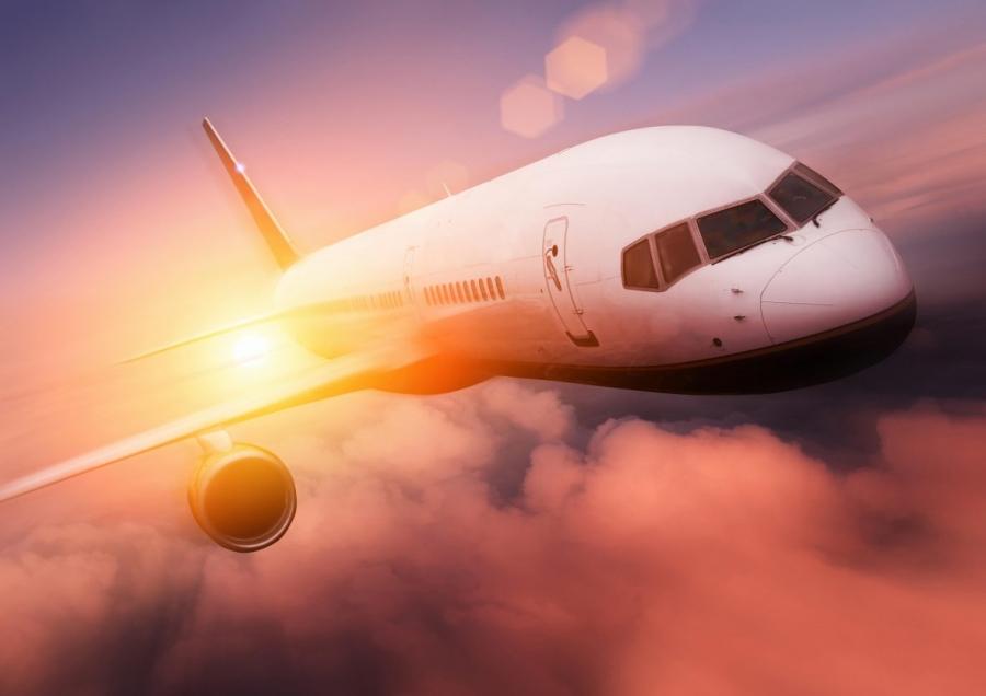 LeMonde: агентура США и Великобритании прослушивает пассажиров самолетов