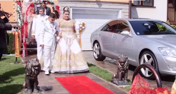 Цыганская свадьба сдождём изевро изолота взорвала Сеть