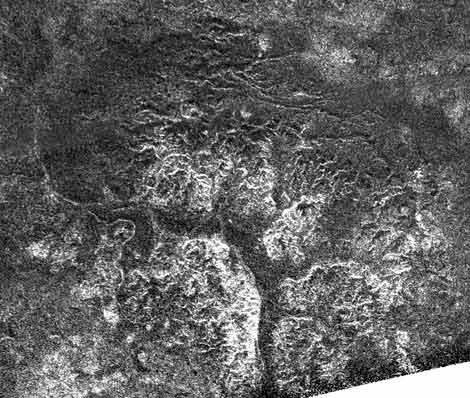Зонд «Кассини» нашел затопленные каньоны наТитане