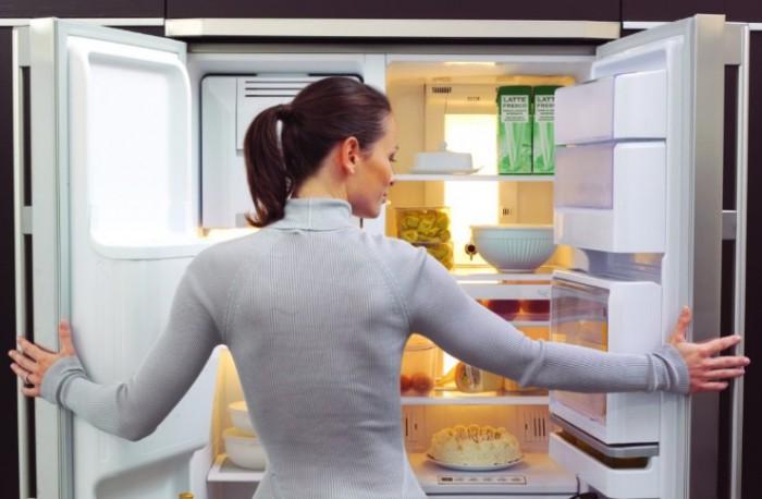 Ученые назвали самое рискованное для здоровья место вхолодильнике