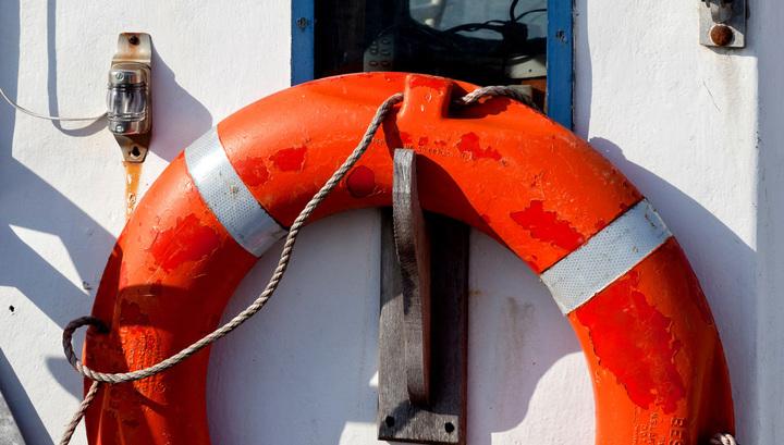 Йеменское судно с60 пассажирами наборту затонуло вАденском заливе