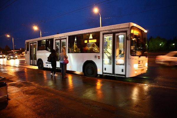 В Сыктывкаре обсудили проблемы автобусных маршрутов.