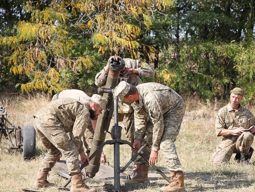 Штаб: Взоне АТО несмолкают минометы иствольная артиллерия, работают снайперы